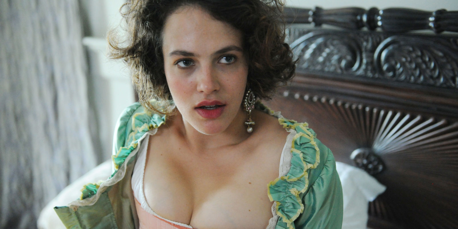 hot-bare-photos-of-harlots
